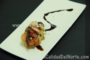 Pintxo de Anchoas, salmón y langostinos