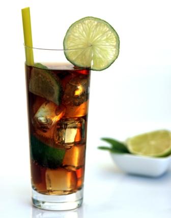 Como preparar un c ctel long island iced tea for Cocktail long island